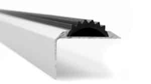 R6207-Alu-trapneus-profiel-45x25-mm-mat-zilver