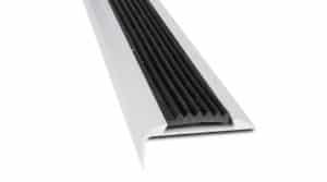 R6607-Alu-trapneus-profiel-45x15mm-mat-zilver