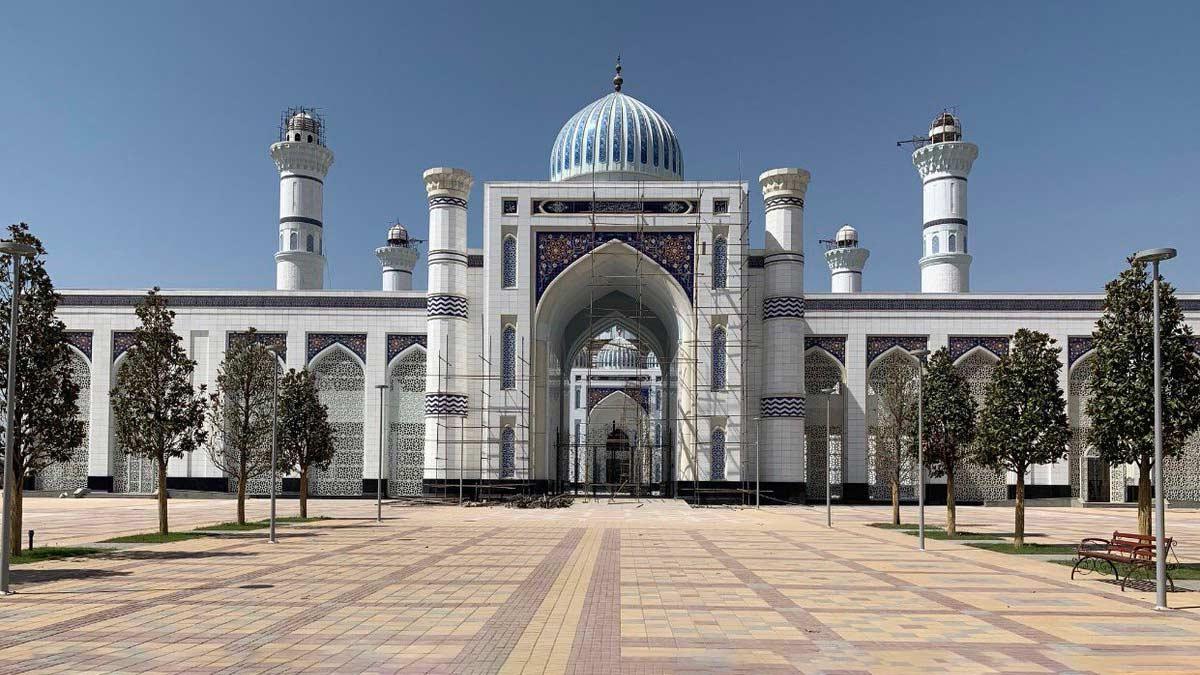 Grand Mosque Tajikistan